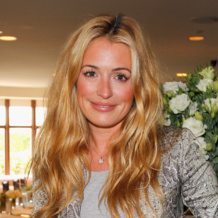 Cat Deeley wears Monica Vinader Ava Diamond Disc Pendant to the Champagne Tattinger Women in Hollywood lunch