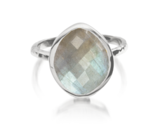 Nugget Ring Small- Labradorite - Monica Vinader